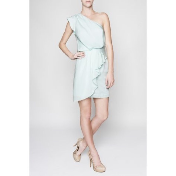 BCBG Dresses & Skirts - NWT BCBG 4 one shoulder mint ruffle Vanessa dress